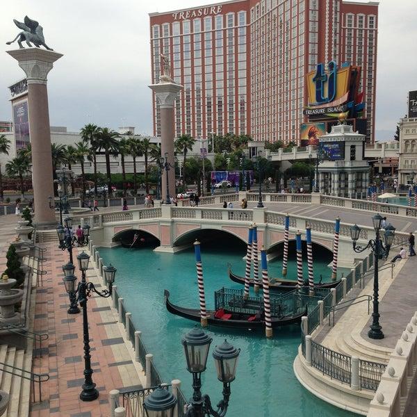 Foto tirada no(a) Venetian Resort & Casino por Jennifer M. em 5/5/2013