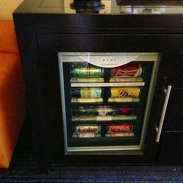 Foto scattata a Hilton da Anthony K. il 12/18/2012