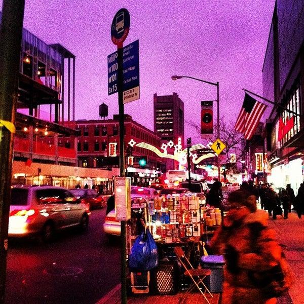 Das Foto wurde bei Apollo Theater von Brian B. am 12/1/2012 aufgenommen