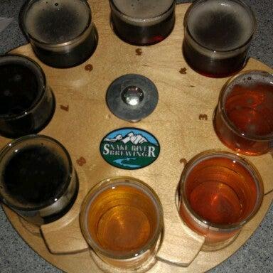 Das Foto wurde bei Snake River Brewery & Restaurant von Brad G. am 10/14/2012 aufgenommen