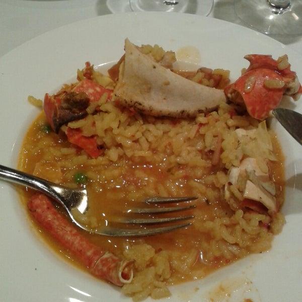 Foto tomada en Carballeira Restaurant por Sonia M. el 9/12/2013