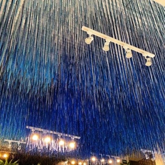 รูปภาพถ่ายที่ Son de Mar โดย Luis B. เมื่อ 9/29/2012