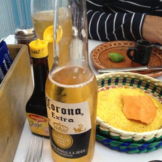 รูปภาพถ่ายที่ Son de Mar โดย Luis B. เมื่อ 10/2/2012