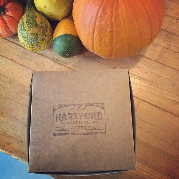 12/2/2014에 Melissa J.님이 Hartford Baking Company에서 찍은 사진