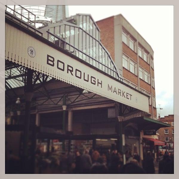 Foto tirada no(a) Borough Market por Soohan H. em 3/1/2013