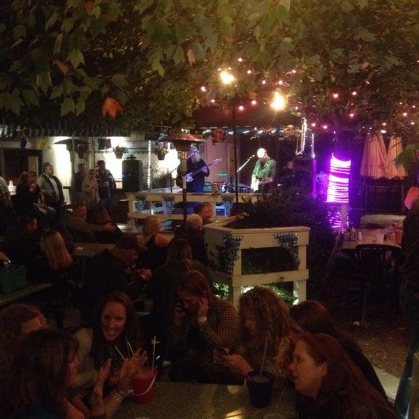 9/27/2014에 Kevin V.님이 Gas Light Pizza Pub에서 찍은 사진