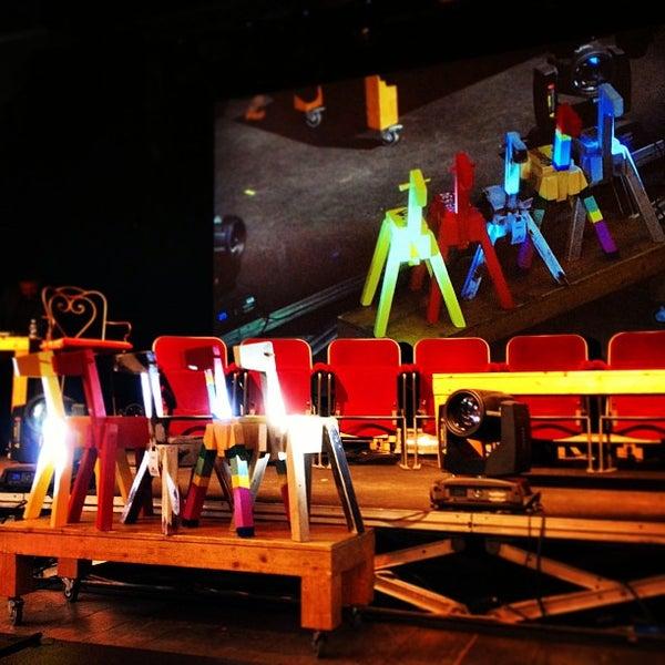 Снимок сделан в Teatro Franco Parenti пользователем Danielot 4/14/2013