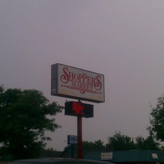 Shoppers Market Grocery Store In Southeast Warren