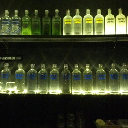 Photo prise au Absolut Inn par Washi L. le11/17/2012