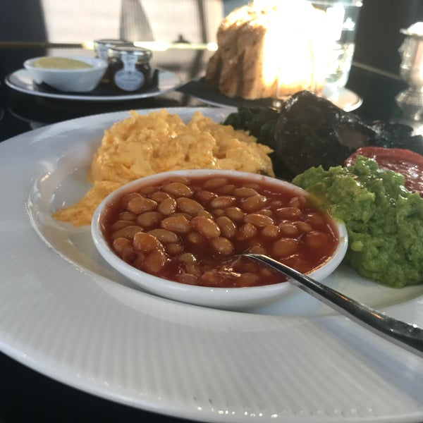 Excellent English breakfasts. Healthy options.
