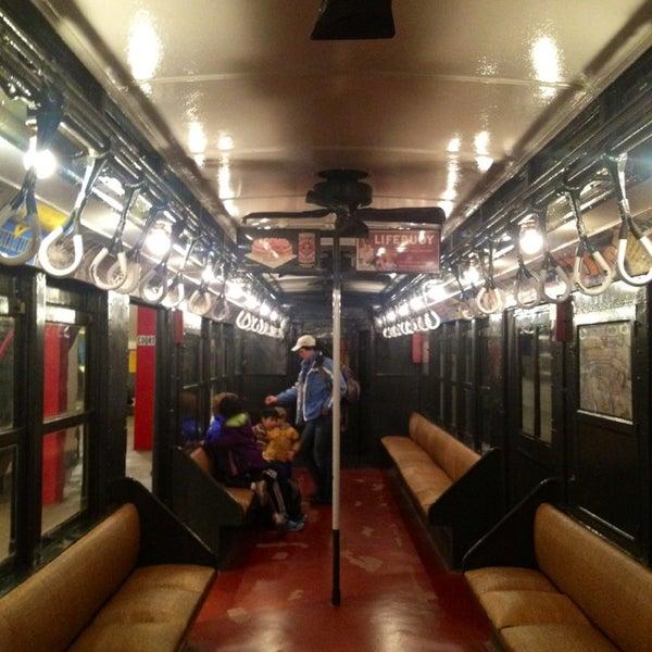 2/23/2013 tarihinde ShihChi W.ziyaretçi tarafından New York Transit Museum'de çekilen fotoğraf