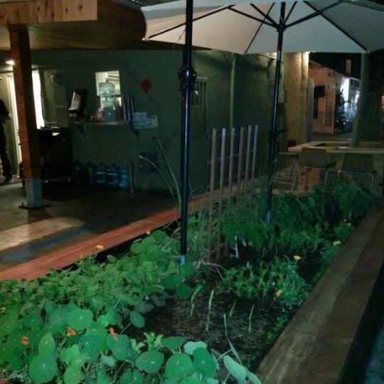 Foto tomada en Carnitas' Snack Shack por Soraya K. el 12/8/2012