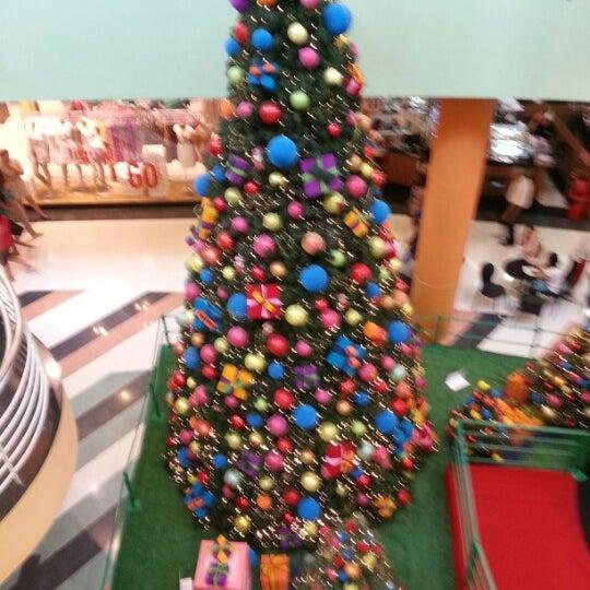 Das Foto wurde bei Shopping Campo Limpo von Marcelo S. am 12/30/2012 aufgenommen