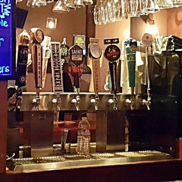 Foto diambil di San Jose Bar & Grill oleh cisco p. pada 12/7/2015