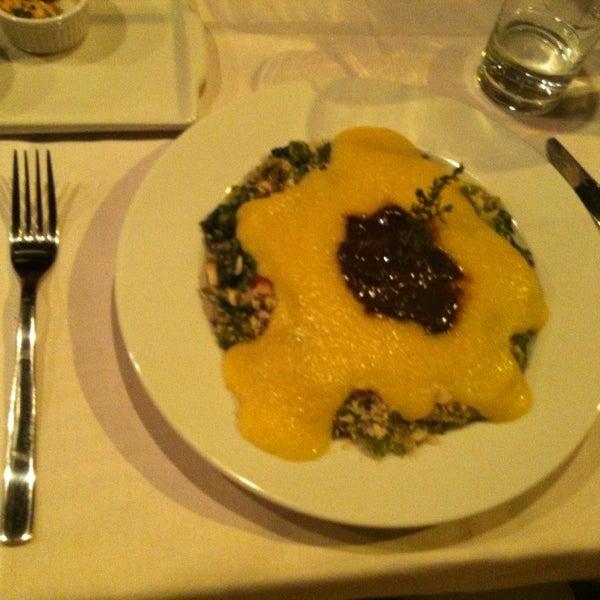 Foto diambil di Bien! Gastronomia Funcional oleh Karen G. pada 6/2/2013