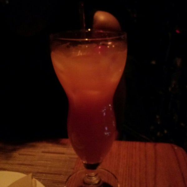 Foto tirada no(a) Bourbon Street Bar & Grille por Miguel em 3/16/2013