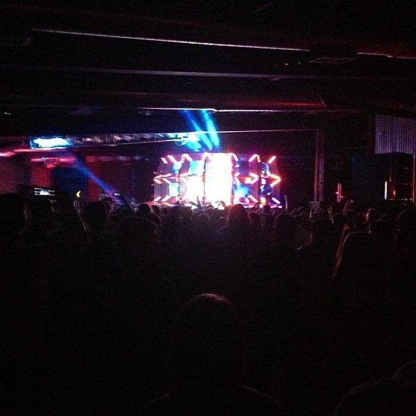 Снимок сделан в The Cannery Ballroom пользователем Andrew M. 9/30/2012