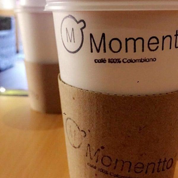 Foto tirada no(a) Momentto Café 100% Colombiano por Grace J. em 9/2/2016