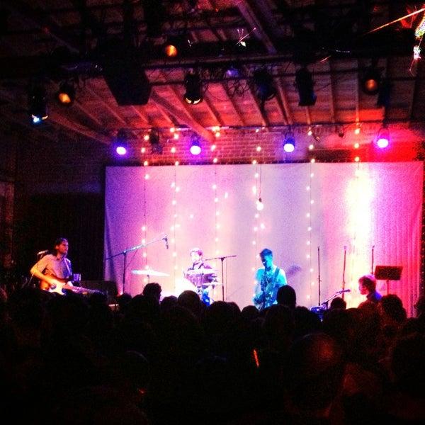 1/31/2013にKelsey M.がBootleg Bar & Theaterで撮った写真