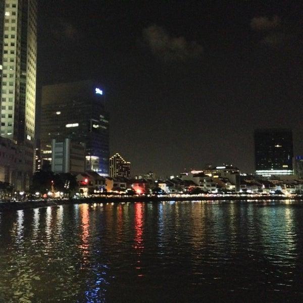 Foto diambil di Singapore River oleh Siwakorn P. pada 3/17/2013