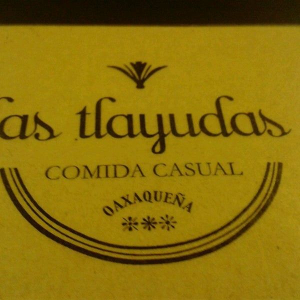 Das Foto wurde bei Las Tlayudas - Comida Casual Oaxaqueña von Sandra M. am 2/14/2013 aufgenommen