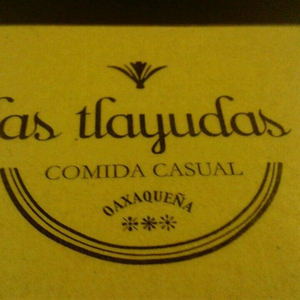 Das Foto wurde bei Las Tlayudas - Comida Casual Oaxaqueña von Sandra M. am 3/3/2013 aufgenommen