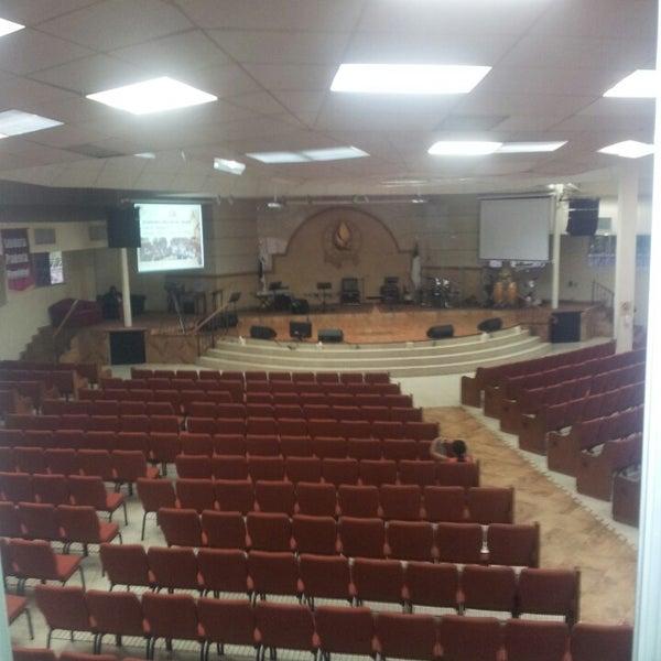 Foto tomada en Casa de Oración Cristiana por Pedro Ricardo O. el 9/1/2013