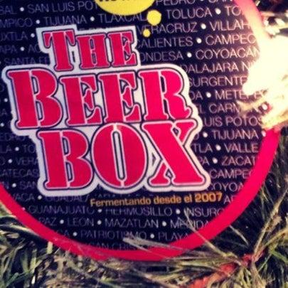Foto tirada no(a) The Beer Box por BeerBox STAFF em 2/26/2013