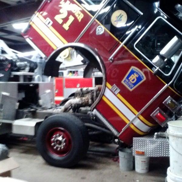 Freightliner Of Hartford >> Photos At Freightliner Of Hartford 1 Tip