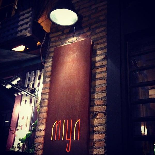 Photo prise au Restaurante Miya par Fabiany G. le5/5/2013