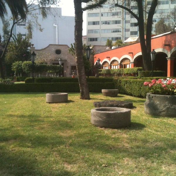 2/7/2013 tarihinde Carlos R.ziyaretçi tarafından Hacienda de Los Morales'de çekilen fotoğraf