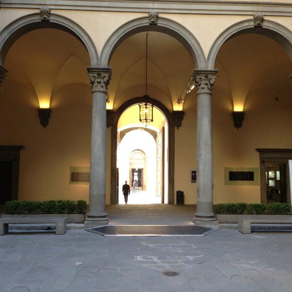 Photo prise au Palazzo Strozzi par Rob F. le4/15/2013