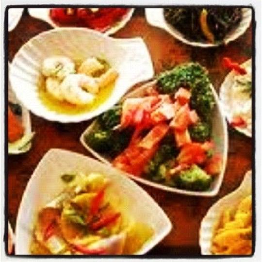 Foto tomada en Trilye Restaurant por Yaprak G. el 10/9/2012