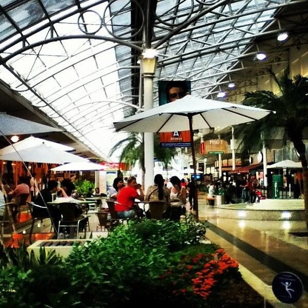 2/10/2013 tarihinde 📷Thiago🔱 F.ziyaretçi tarafından Shopping Estação'de çekilen fotoğraf