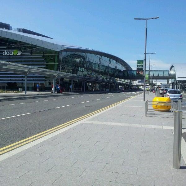 Foto tirada no(a) Aeroporto de Dublin (DUB) por Michael K. em 5/30/2013