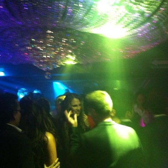 รูปภาพถ่ายที่ Love โดย DANIEL V. เมื่อ 10/11/2012