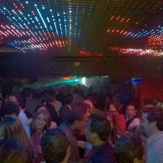 รูปภาพถ่ายที่ Love โดย DANIEL V. เมื่อ 11/22/2012