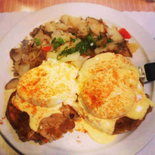 1/14/2014 tarihinde Jennifer R.ziyaretçi tarafından The Breakfast Club & Grill'de çekilen fotoğraf