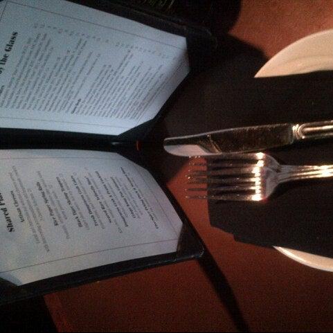 Foto tomada en Portland City Grill por Scott F. el 11/13/2012