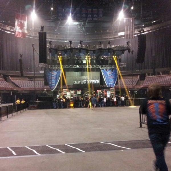 7/26/2013 tarihinde James G.ziyaretçi tarafından Northlands Coliseum'de çekilen fotoğraf