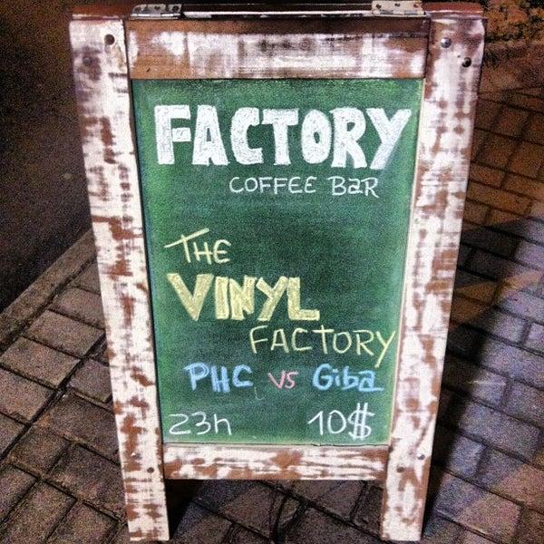 4/28/2013 tarihinde Paulo Henrique S.ziyaretçi tarafından Factory Coffee Bar'de çekilen fotoğraf