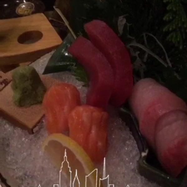 Photo prise au Sushi Zen par Meri L. le2/10/2016
