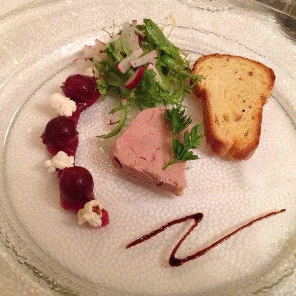 Das Foto wurde bei Greiffenegg Schlössle Restaurant von Simon W. am 9/8/2013 aufgenommen