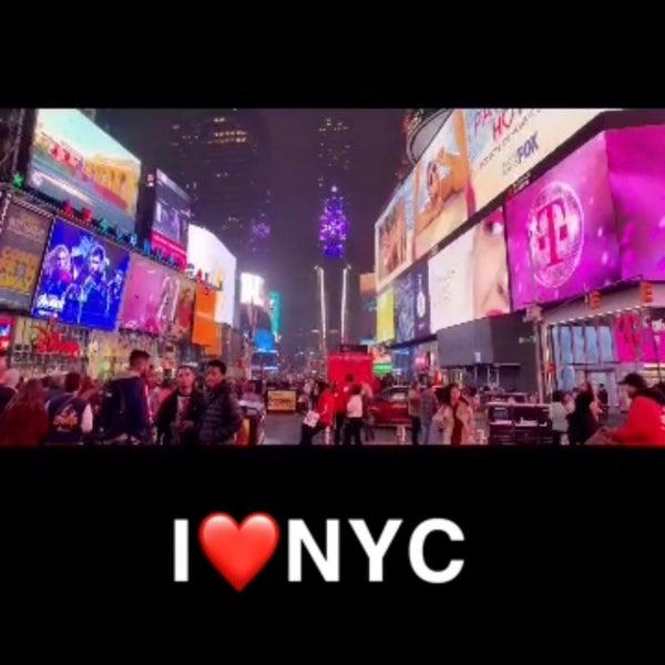 Foto tomada en Row NYC por Nouf 💕 el 5/2/2019