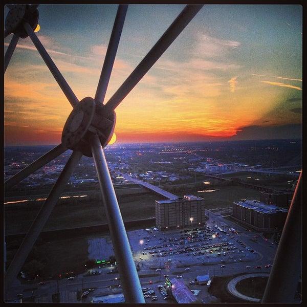 4/2/2013にCatherine C.がReunion Towerで撮った写真