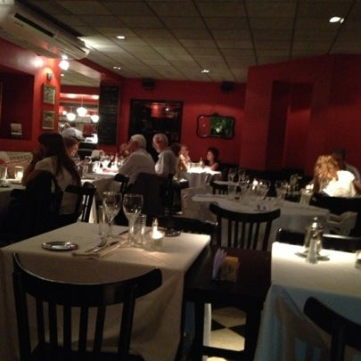 Foto scattata a Museo Evita Restaurant & Bar da Gaby A. il 2/22/2013