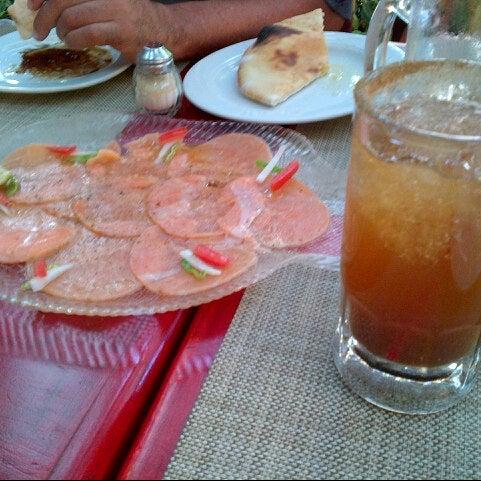Foto scattata a Rolandi's da Mariella D. il 9/27/2012