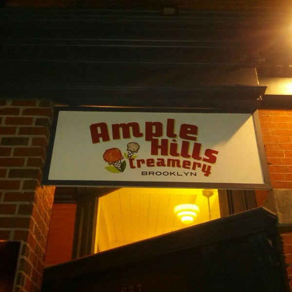Снимок сделан в Ample Hills Creamery пользователем Mark P. 7/24/2013