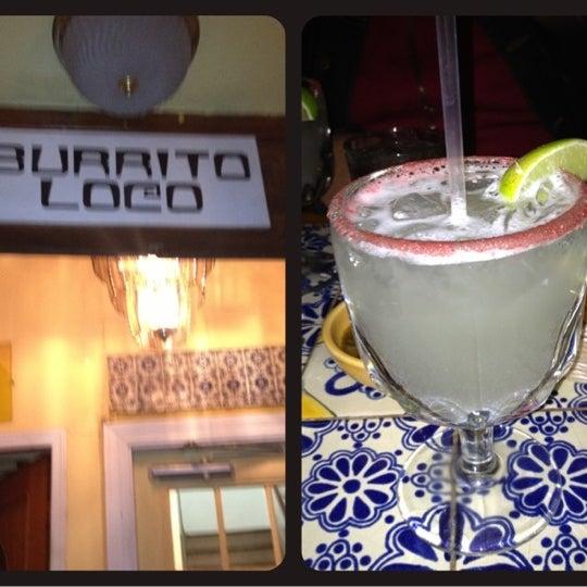 Foto scattata a Burrito Loco da Lynn D. il 12/7/2012