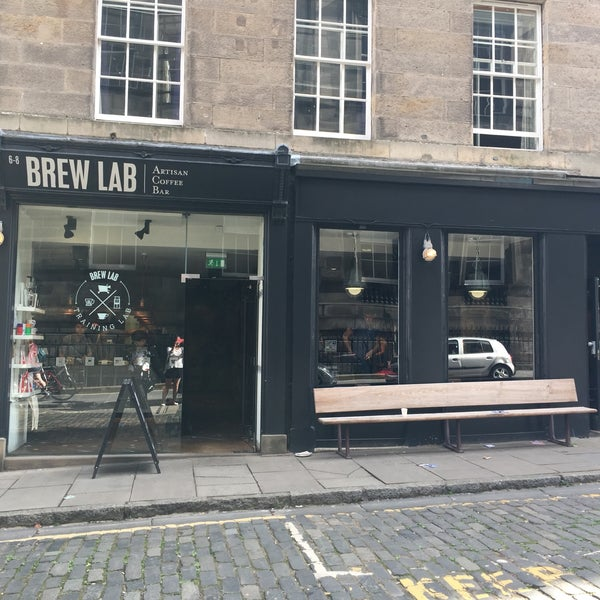 Cute hipster coffee spot in the middle of Edinburgh